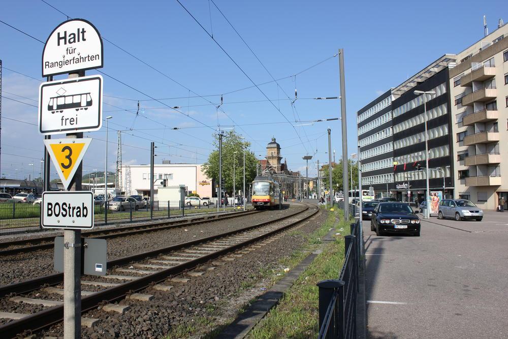 Übergang der Stadtbahnstrecke am Heilbronner Hauptbahnhof