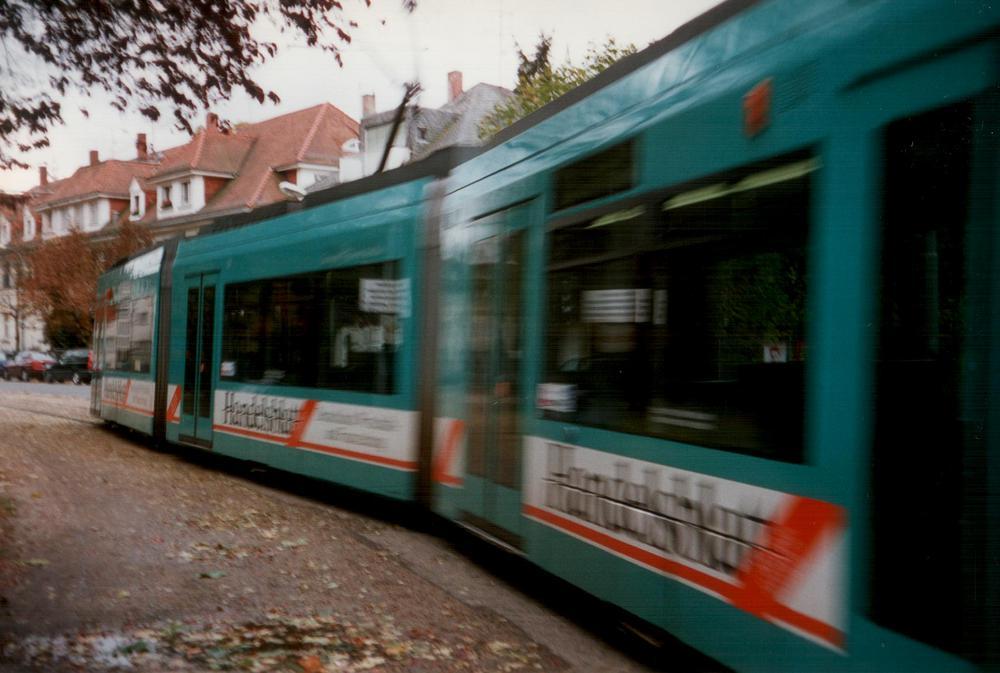 R-Wagen an der Stadtgrenze Offenbach
