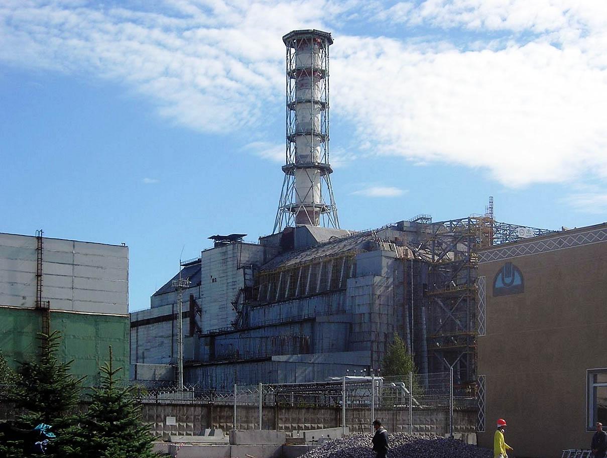 Reaktorblock 4 des Kernkraftwerks Tschernobyl im September 2006