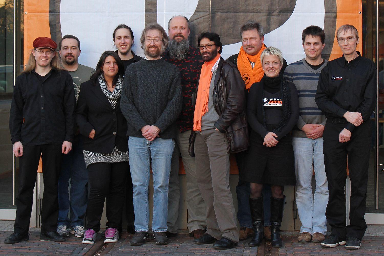 Neuer Vorstand der niedersächsischen Piraten:Jürgen, Max, Miriam, Lukas, zweimal Arne, Meinhart, Matthias, Kine, Mario, Michael