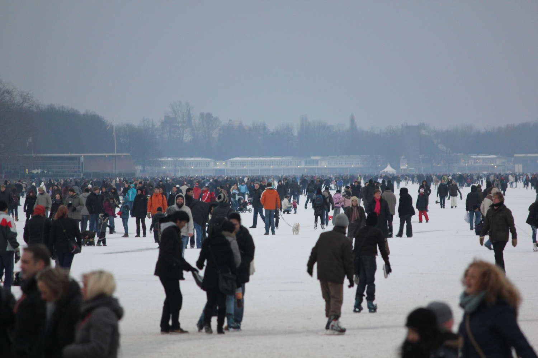Zugefrorener Maschsee im Winter, Hannover, 2012
