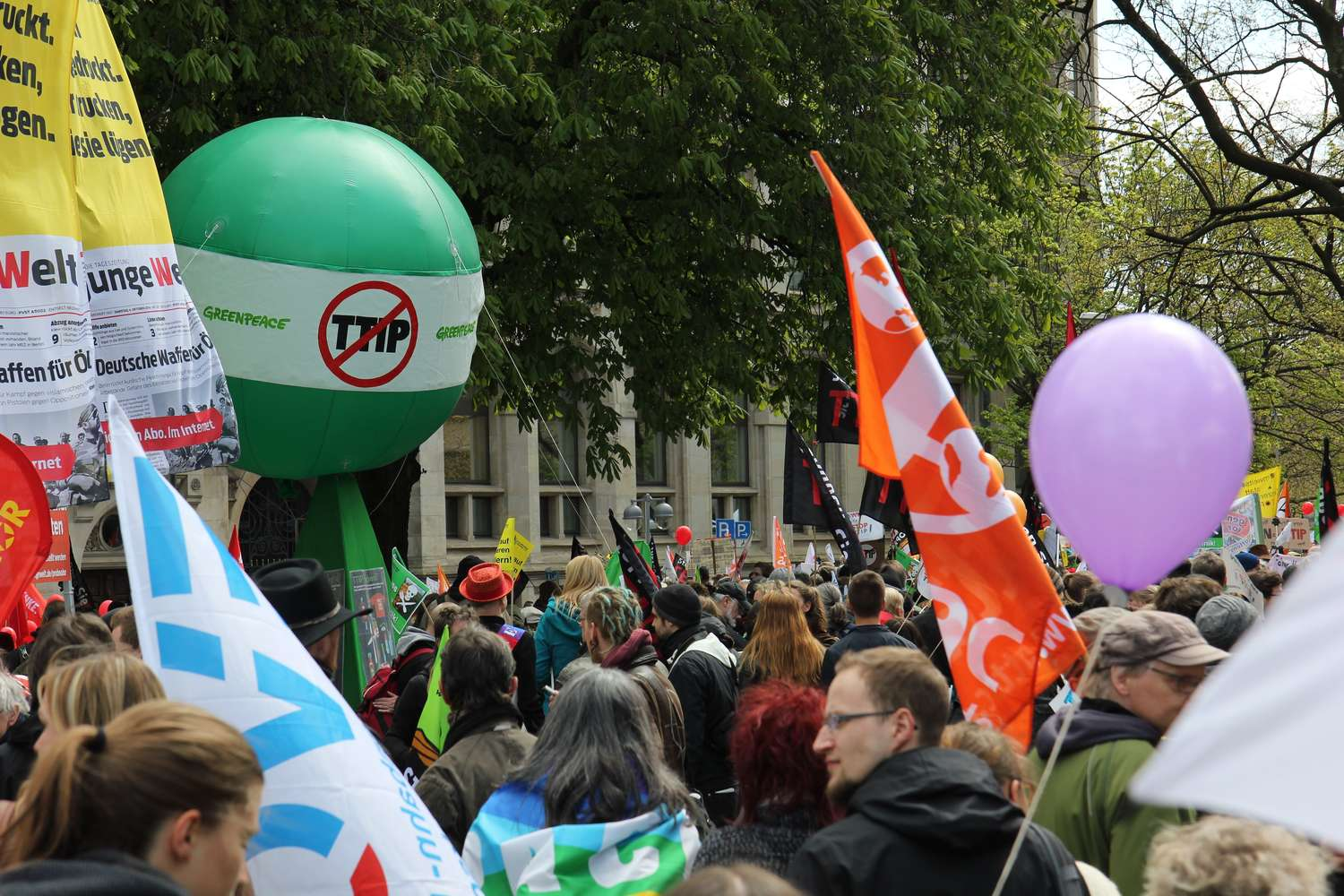 Anti-TTIP-Demo am Opernplatz, Hannover, 2016