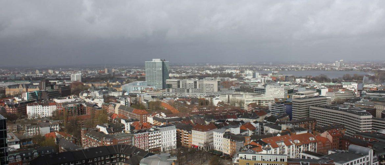 Innenstadt Hamburg vom Turm der Michaeliskirche aus gesehen, Hamburg, 2012