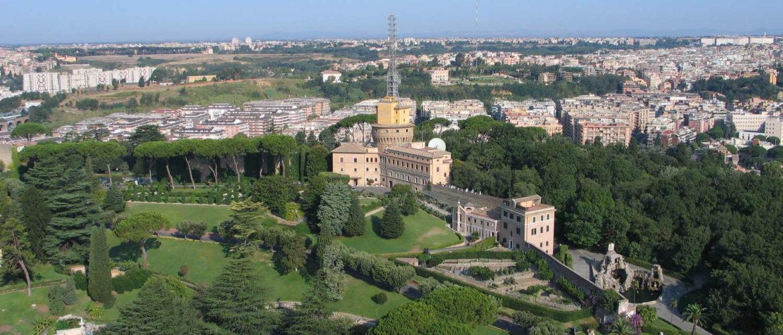Vatikanische Gärten von der Kuppel des Petersdoms aus gesehen, Vatikanstaat, 2009