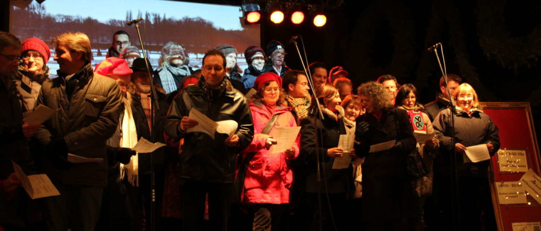 Ratssingen auf der Weihnachtsmarktbühne, Hannover, 2012