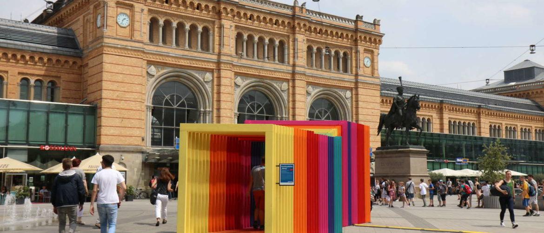 """Kunstinstallation """"Abweg"""" auf dem Ernst-August-Platz, Hannover, 2017"""