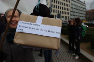 Demonstrantin mit