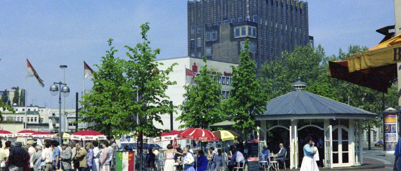 Steintorplatz mit Anzeigerhochhaus, 1985