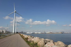 Wind turbine at north of Lynetten, Kopenhagen, September 2013