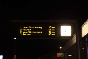 Zugzielanzeiger mit der neuen Endstation