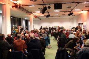 Diskussionsrunden im Publikum