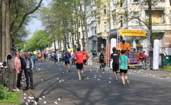 Hannover-Marathon in der Jakobistraße, Hannover, April 2014