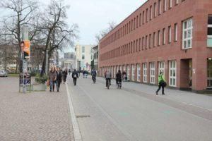Erbprinzenstraße in der Innenstadt von Karlsruhe - Das ist mal 'ne Fahrradstraße!