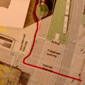Besonders skuril: Radfahrer aus Norden mit abenteuerlicher Führung über die Straße